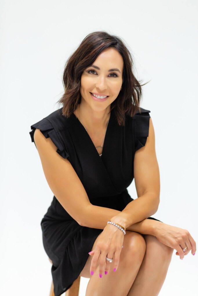 Dr. Krista Sinclair | Elite Plastic Surgery | Plastic Surgery and Dermatology Surgeon | Phoenix, AZ